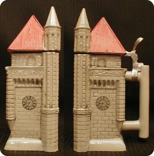 Немецкая кружка, посвященная 22-му фестивалю пива. Сделана в 1988 году. Весь 3 кг, объем 4 литра.