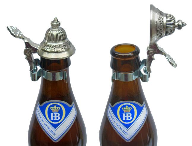 Прикрепляющаяся крышка для бутылки с прочными металлическими клипсами и оригинальным дизайном. Стоит около 10$. Отличный полезный сувенир.